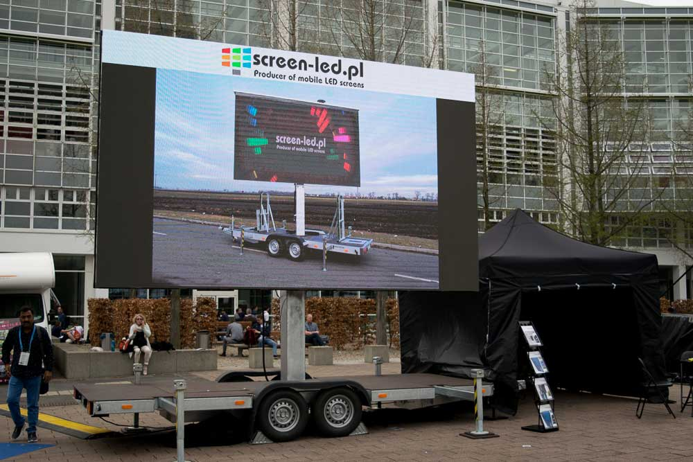 Mobile LED screens for sale at the stock! | Trailers