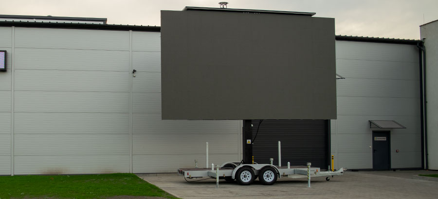 PlatformLED USA banner - led screen trailer adapted to US market
