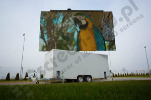 MobiLED led screen trailer with parrot on LED screen